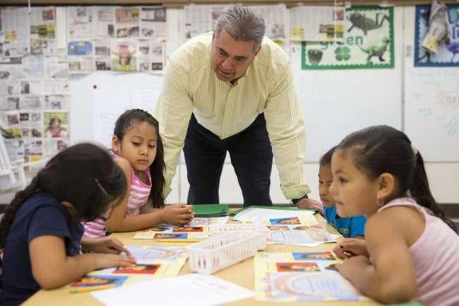 Escuela para Docentes1 - Yurena Ramos-min